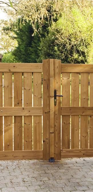 entretien portail en bois